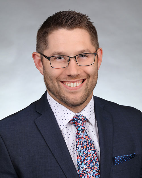 Photo of Elliott Tracy, CPA