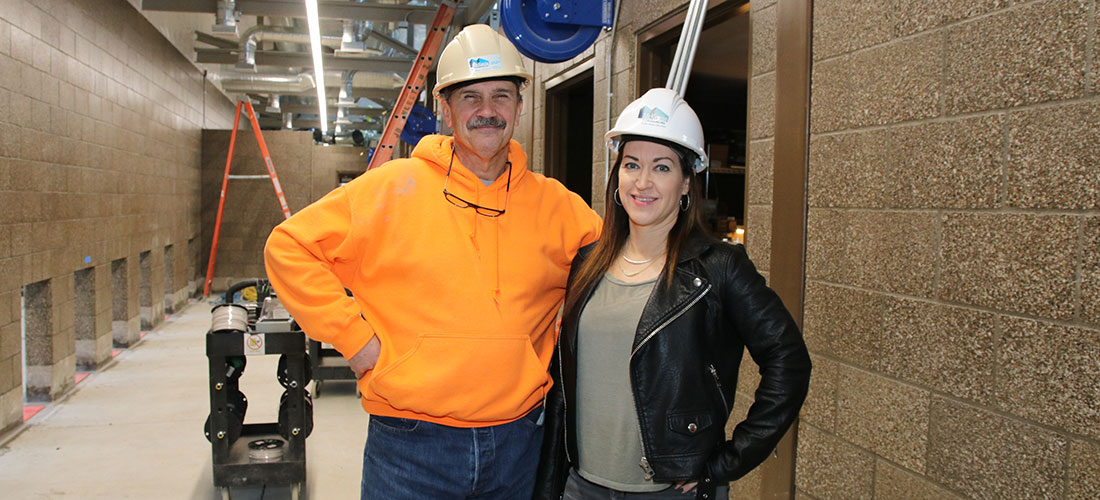 Photo of McKenzie Commercial Superintendent Alan Reynolds and Marketing Manager Jennifer Thomas