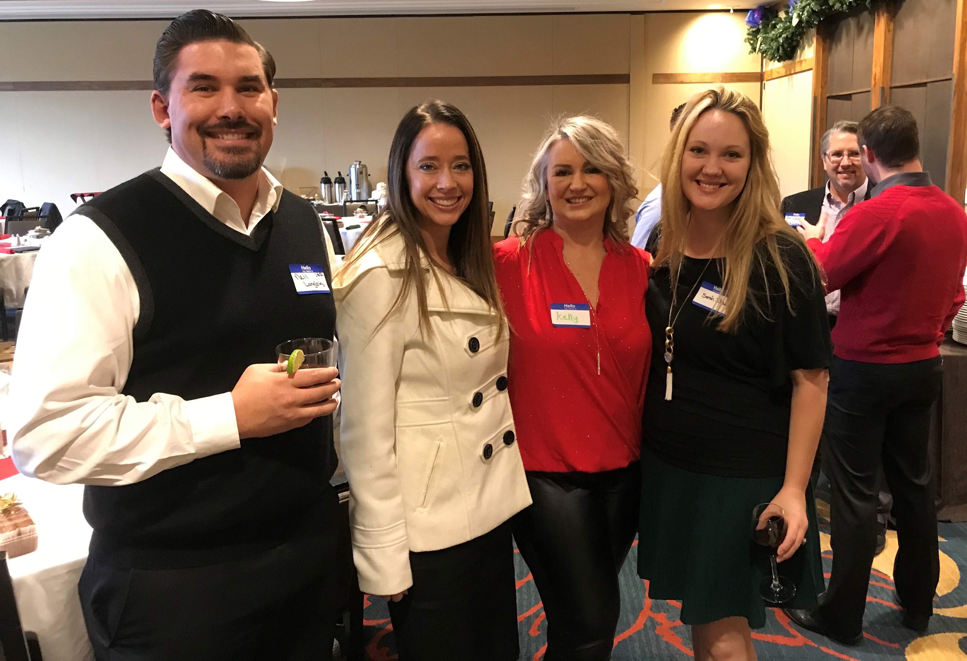 Image of 2018 holiday lunch with the Jones & Roth team